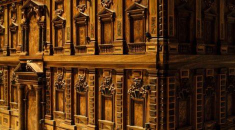 UN MINUTO DI STORIA DELL'ARTE – MOBILI ITALIANI: Uno stipo per un palazzo